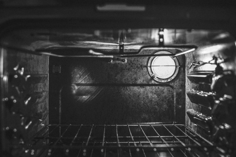 Oven drying food