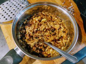 Making Brown Sauce