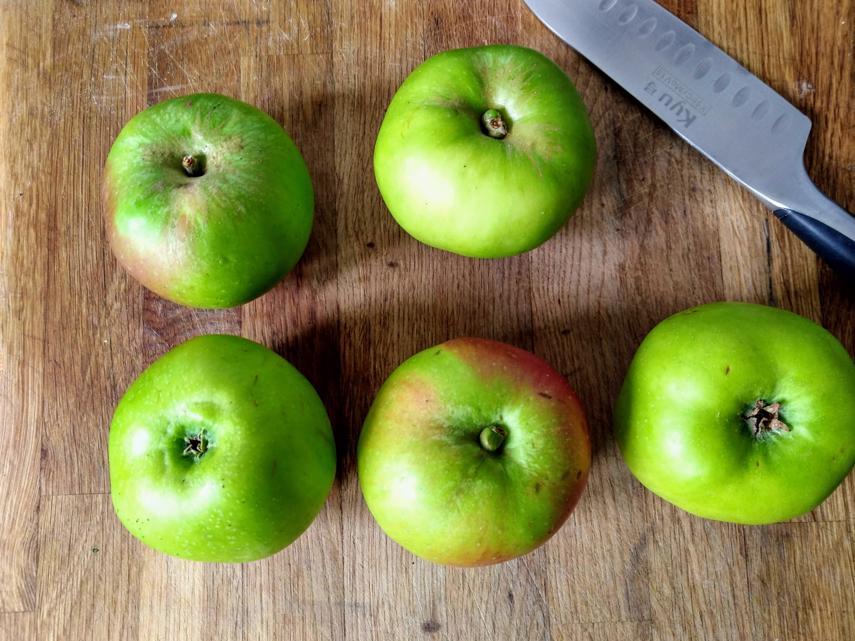 Bramley Apple Jelly